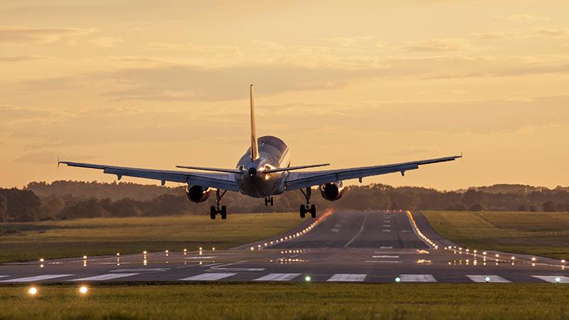 transfert corps par avion via transporteur funéraire international